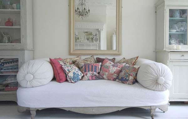 Casa con decoraci n estilo franc s for Casas estilo frances clasico