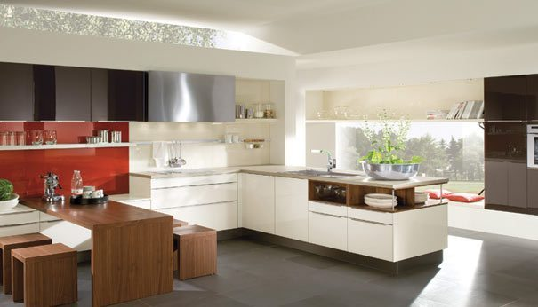 Cocinas pintadas con colores fuertes de h cker - Cocinas pintadas ...
