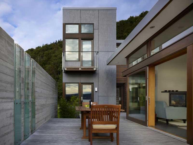 Moderna casa de madera de Bjarko Serra •