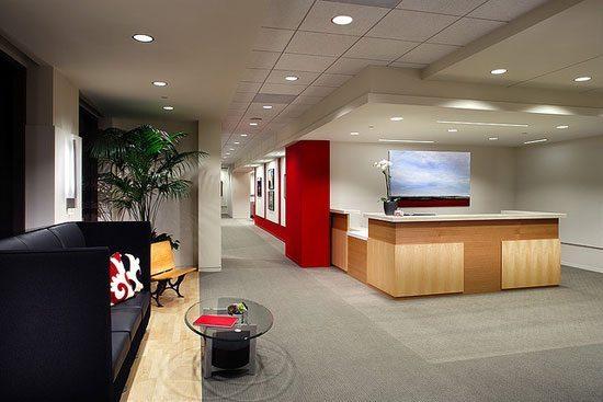 Decoraci n de oficinas dolinka group for Objetos decorativos para oficina