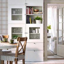 BESTÅ combinación de almacenaje con puertas/cajones