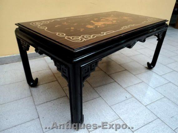 Mesas de café antiguas estilo oriental