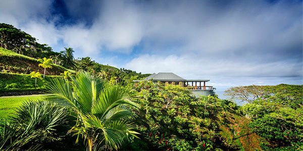 Resort en Fiji por Madeleine Clanchfield