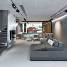 Casa con Ferrari