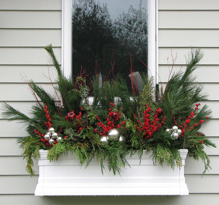 Decoraci n de navidad para ventanas for Adornos de navidad para oficina