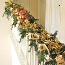 Decoración navideña para escaleras