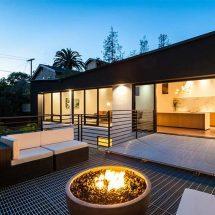 Casa con puente por el estudio Architects Magnus